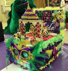 Mardi Gras Classroom Door Decoration Ideas by 49 Best Decorate Mardi Gras Images On Pinterest Projects