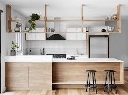 étagère cuisine suspendue plafond inspiration du