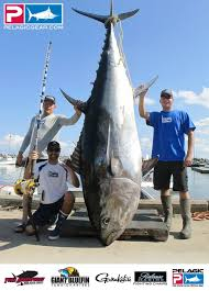 Hard Merchandise Tuna Boat Sinks by 1 Million Check To Be Presented At The Fred Hall Show U2013the