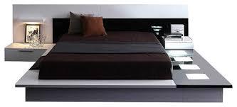VIG Furniture Modrest Impera Contemporary Lacquer Platform Bed