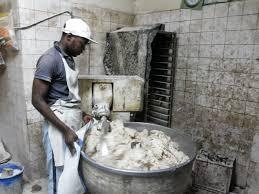 cuisine insalubre les images d une boulangerie insalubre dans la commune de cocody à