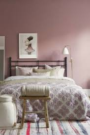 décoration de chambre à coucher 45 idées magnifiques pour l intérieur avec la couleur parme