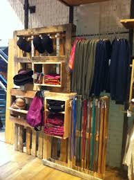 Clothing Stores Wardrobe Racks T Shirt Display Rack Portable Pallet Ideas