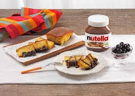 kastenkuchen mit kirschen und nutella