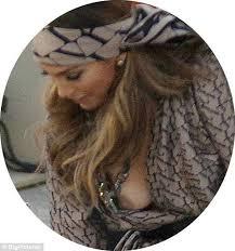Jennifer Lopez suffers a serious wardrobe malfunction on German