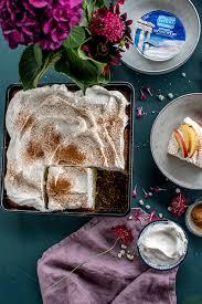 apfel joghurt kuchen genuss auf dem kuchenteller