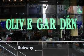 Times Square Olive Garden Twitter Thread Goes Viral