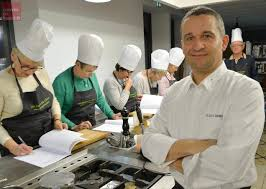 cours de cuisine cholet cholet la recette du chef lilian grimaud le foie gras poêlé