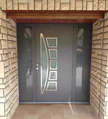 pose de porte d entrée aluminium contemporaine et design sur