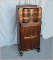 Globe Liquor Cabinet Australia by Furniture Wonderful Globe Liquor Cabinet Locking Liquor Cabinet