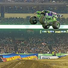 100 Monster Truck Oakland Detroit Jam At Ford Field Ten Things To Appreciate