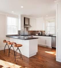 sols de cuisine cuisine avec sol noir