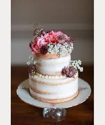 10 Sensational Semi Naked Wedding Cakes