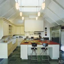 Soaring Ceilings And Dramatic Skylights Imbue This Long Island Kitchen With An Airy Barnlike Feel