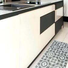 tapis pour la cuisine tapis antiderapant cuisine alicemall tapis poissons tapis pour