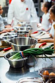 cours de cuisine pour professionnel l atelier des chefs cours de cuisine pour enfants in town