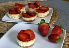 erdbeer cheesecake muffins low carb ernährung