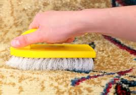 comment nettoyer un tapis taché tout pratique
