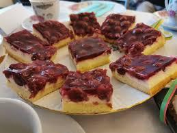 kirsch pudding kuchen vom blech so delightful bakerys