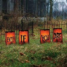 Outdoor Halloween Decorations Diy by 36 Top Spooky Diy Decorations For Halloween Amazing Diy