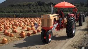 Moorpark Pumpkin Patch Underwood Family Farms by Old Time Tractor Parade At Underwood Family Farm Youtube