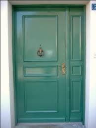 raffraichissement en peinture d une porte d entrée et d une porte