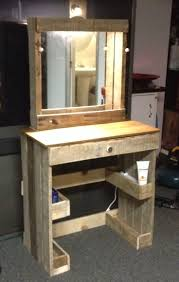 Makeup Vanity Table With Lights And Mirror by Best 25 Vanity Desk With Mirror Ideas Only On Pinterest Makeup