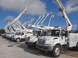 Lots Of Used Bucket Trucks Sell In Riviera Beach, FL (West Palm Area ... 2002 Gmc Topkick C7500 Cable Plac Bucket Boom Truck For Sale 11066 1999 Ford F350 Super Duty Bucket Truck Item K2024 Sold 2007 F550 Bucket Truck For Sale In Medford Oregon 97502 Central Used 2006 Ford In Az 2295 Sold Used National 1400h Boom Crane Houston Texas On Equipment For Sale Equipmenttradercom Altec Trucks Info Freightliner Fl80 Point Big Vacuum Cranes Sweepers 1998 Chevrolet 3500hd 1945 2013 Dodge 5500 4x4 Cummins 5899