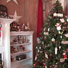 Best Smelling Christmas Tree Types by Top 4 Tree Types For Christmas Angie U0027s List