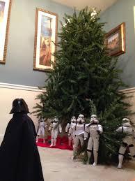 Ebay Christmas Trees Australia by Star Wars U0027 Stormtroopers Set Up Christmas Tree Business Insider