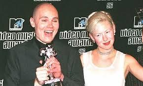 Smashing Pumpkins Wiki by Billy Corgan Says He U0027loves U0027 Ex Smashing Pumpkins Bassist D U0027arcy
