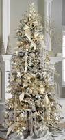 Pre Lit Flocked Christmas Tree Uk by Best 25 White Christmas Trees Ideas On Pinterest White