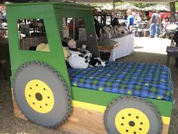 tractor bunk beds fpudining