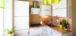 kleine küchen tipps und hacks für die optimale raumnutzung
