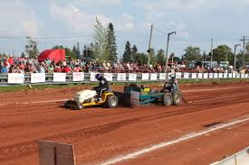 100 Truck And Tractor Pulls PEI Pull Championships