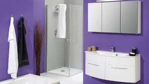 salle de bain mauve couleurs féminines dans la salle de bains diaporama photo