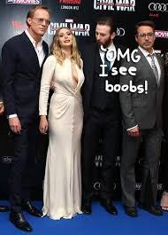 Chris Evans Stares At Elizabeth Olsens Boobs