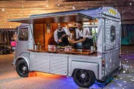 100 Taco Truck Houston Wolfgang Puck Jumps Into Party Fray Let The Catering Wars