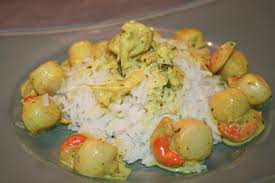 cuisiner les noix de jacques petites noix de st jacques au curry coriandre et échalotes de