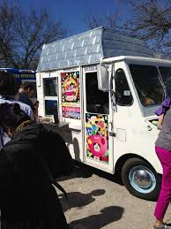 100 Coolhaus Food Truck A Crowd Starts To Form At Hanazuki Branded Truck At SXSW