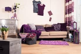 die besten dekoideen zu den trendfarben lila türkis