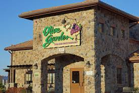 Olive Garden Fanatics Name Their Child Olivia Garton Eater