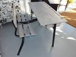 bureau ecolier un bureau d écolier de classe préparatoire rénové à ma ère