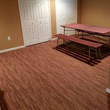 Linoleum Flooring That Looks Like Wood by Wood Look Linoleum Vinyl Flooring Planks Look Just Like