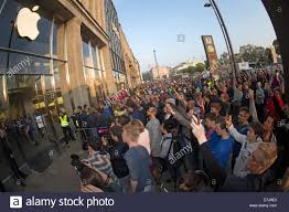 Salem Massachusetts Halloween Events by Hamburg Germany 19th Sep 2014 A Crowd Gathers Outside Of The