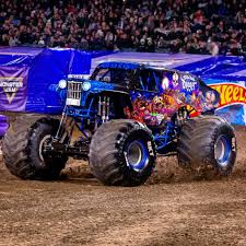 Son-Uva Digger | Monster Jam | Pinterest | Digger, Monster Trucks ...