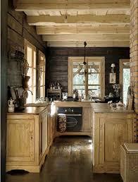 Log Cabin Kitchen Lighting Ideas by Best 25 Rustic Cabin Kitchens Ideas On Pinterest Log Cabin