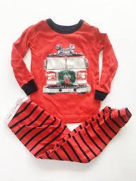 Gap Fire Truck Wreath Pajamas Sz 2 – Fresh Kids Inc.