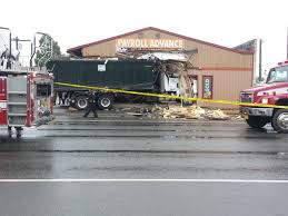 100 Truck Crashes Video UPDATED VIDEO Garbage Truck Crashes Into Building On East Fifth Ave