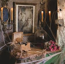 Take A Tip From The Haunted Mansion Bride And Give Your Boudoir That